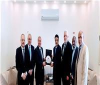 «السياحة» تكرم قنصل السعودية بالسويس لتعاونه المثمر مع الوزارة