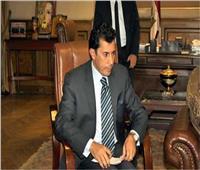 وصول وزير الشباب للحديث في لقاء مفتوح بمعرض الكتاب