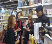 صور| سها سعيد تحتفل بـ«نجوم ماسبيرو يتحدثون» بمعرض الكتاب