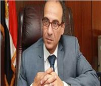 هيثم الحاج علي يكرم اللجنة الثقافية لمعرض الكتاب