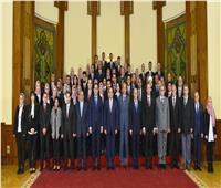 الرئيس السيسي: تنمية مصر مسئولية جماعية تحتاج لتضافر الجهود الحكومية والشعبية
