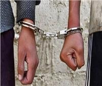 حبس عاطلين سرقا سيدة أمام مكتب بريد بالمطرية