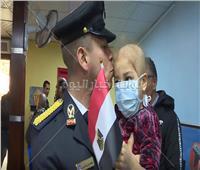 شاهد| طلاب أكاديمية الشرطة يزورون أطفال المعهد القومي للأورام