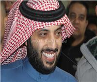 بالصور| مسئولو الزمالك يستقبلون تركي آل شيخ بالنشيد الوطني السعودي