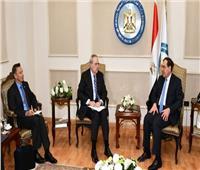 وزير البترول يبحث مع السفير الأمريكي مشروع تحول مصر لمركز إقليمي