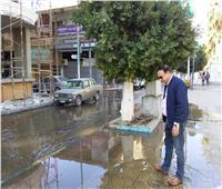 انفجار ماسورة مياه رئيسية وتوقف المرور في السلطان حسين بالإسماعيلية