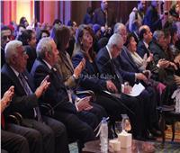 زمزم: الكشف على 120 ألف مواطن في مبادرة «عنيك في عنينا»