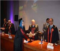جامعة الزقازيق تحتفل بخريجي كلية الطب
