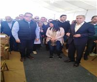 محافظ المنيا يناقش افتتاح المرحلة الثانية لمصنع «دلتا ديكستايل»