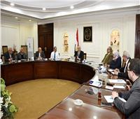وزير الإسكان: الالتزام بالبرامج الزمنية لمشروعات الإسكان الاجتماعي