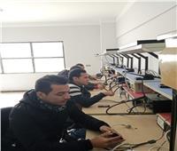 بالصور.. التدريب على مهن صيانة المحمول بمركز المستقبل في الإسماعيلية