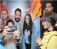 صور| سامح حسين وساندى يحتفلان بـ«عيش حياتك»