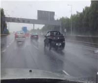المرور تنشر إرشادات لقائدي السيارات لمنع الحوادث أثناء هبوط الأمطار