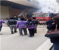 السيطرة على حريق هائل في محل بفيصل دون إصابات