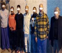 القبض على 7 أشخاص أثناء التنقيب عن الآثار بعقار في الدرب الأحمر