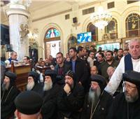 أساقفة الكنيسةيقدمون واجب العزاء في رحيل القمص صليب متى