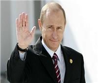 بوتين يمنح رئيس الفيفا وسام «الصداقة الروسي»