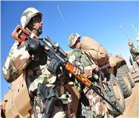 الجيش الجزائري: ضبط خمسة عناصر دعم للإرهابيين في ثلاث ولايات