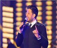 صور| حماقي يحتفل مع جمهوره في بورسعيد بألبومه الجديد