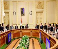 رئيس الوزراء يشدّد على الإسراع في معدلات التنفيذ وفق الجداول الزمنية المحددة