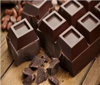 فوائد رائعة للشيكولاتة الداكنة.. أهمها ترطيب الجلد