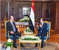 «السيسي» و«صالح» يبحثان التعاون بين مصر والعراق في القمة العربية الأوروبية