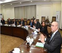وزير الإسكان يبحث مشروع قانون تنظيم نشاط التطوير العقاري