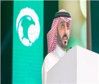 رئيس الاتحاد السعودي لكرة القدم يستقيل من منصبه