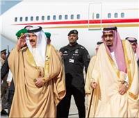 عاهل البحرين يبحث مع خادم الحرمين سبل التعاون المشترك