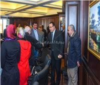 محافظ الإسكندرية يوجه بمنح الأولوية لحل مشاكل المواطنين