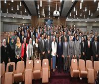 وزير البترول يلتقي بشباب برنامج تأهيل القيادات الشابة بقطاع البترول