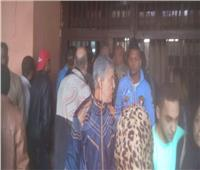 حريق محطة مصر| تجمع أهالي المصابين أمام مستشفى الهلال