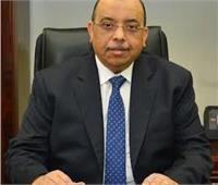 «وزير التنمية المحلية» يناقش مع 3 محافظين حل أزمة القمامة