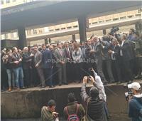 حريق محطة مصر| وزير النقل يتقدم باستقالته لـ«مدبولي» ورئيس الوزراء يقبلها
