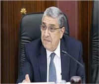 مصادر حكومية: تكليف وزير الكهرباء بتسيير أعمال وزارة النقل