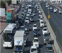 فيديو  المرور: كثافات متوسطة على كافة المحاور والميادين الرئيسية بالقاهرة والجيزة