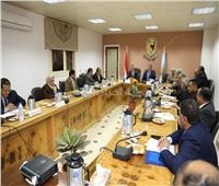 محافظ سوهاج: الدولة تواجه تحديات كبيرة لتحقيق التنمية الشاملة