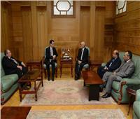 العصار يبحث مع وزير بيئة الأعمال والتجارة الروماني سبل التعاون المشترك