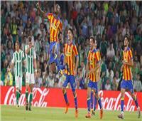 فالنسيا يضرب موعدًا مع برشلونة في نهائي كأس ملك إسبانيا