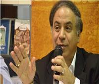 غدا.. أحمد الشهاوي يشارك وزيرة ثقافة البحرين في افتتاح «منامة القصيبي»