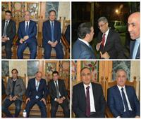 صور| القيادات الصحفية والإعلامية في عزاء والد أحمد باشا