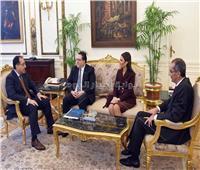 رئيس الوزراء يتلقى دعوة من الحريريلزيارة لبنان