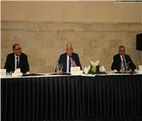 محافظ جنوب سيناء يلقي محاضرة عن مجالات التنمية للدارسين بكلية الحرب العليا