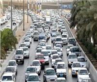 كثافات مرورية مرتفعة بشوارع القاهرة والجيزة وعلى الطريق الدائري