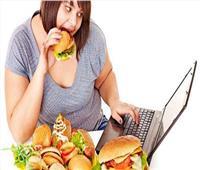 استشاري أمراض سمنة: توقف الأكل بعد السابعة مساء «مالوش علاقة بالرجيم»