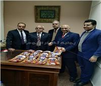 مطار القاهرة: ضبط «يمني» أخفى 5 كيلو هيروين بأكياس «مكسرات» صور
