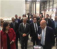 نائب وزير الزراعة ومحافظ المنوفية يفتتحان مصنع لإنتاج أعلاف الدواجن