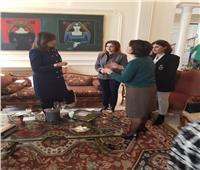 صور| وزيرة الهجرة تحتفل بيوم المرأة العالمي في بيروت