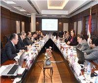 وزيرا التخطيط  والتنمية يبحثان خطط الفجوات التنموية بالمحافظات