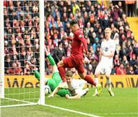صور وفيديو| ليفربول يضرب بيرنلي برباعية ويواصل مطاردة مانشستر سيتى